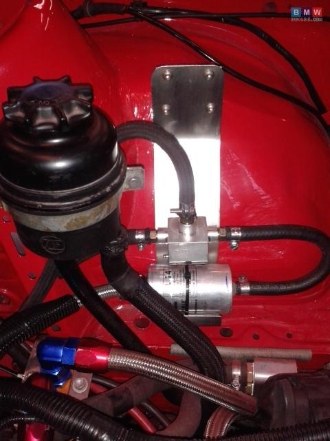 E30 M52 - BMWbuilds.com