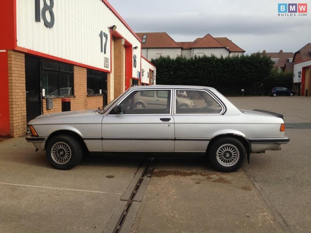 BMWbuilds.com E21
