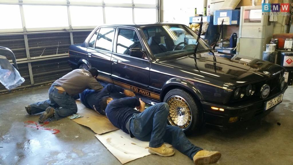 E30 325iX - BMWbuilds.com