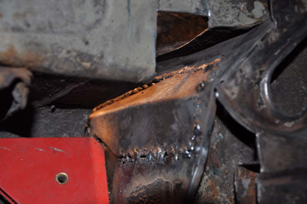 weld in the repair panel for the bulkhead (i did do it properly, this is  just a few clumsy tacks)